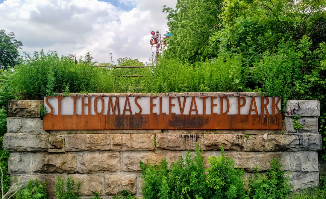 St Thomas Elevated Park - great walk, art and view - Free & family-friendly!